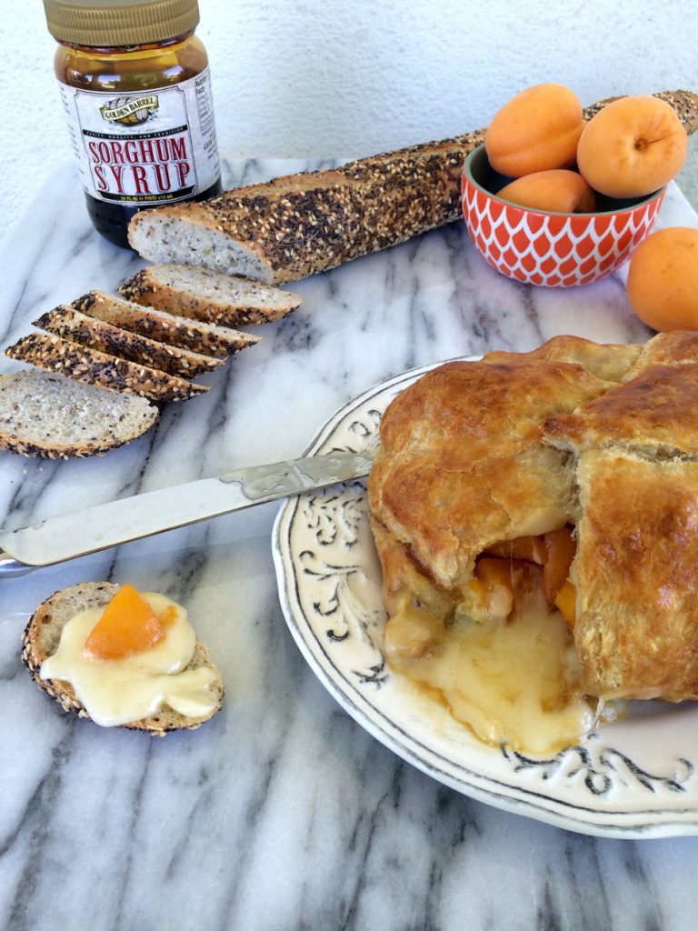 Baked Apricot Brie on bread