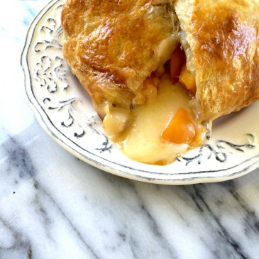 Baked Apricot Brie with Sorghum Syrup