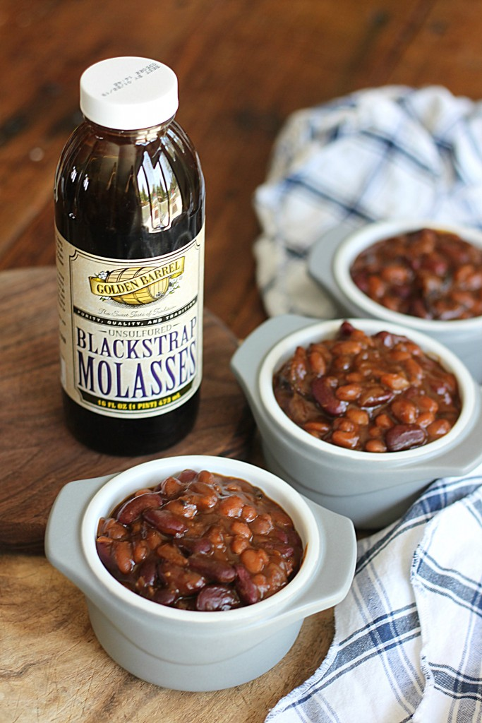 Baked Beans Made with Golden Barrel Blackstrap Molasses