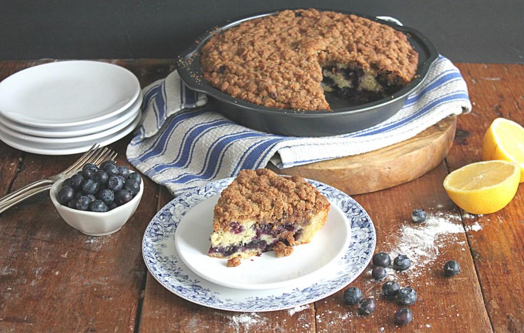 Blueberry Crumb Cake - Golden Barrel
