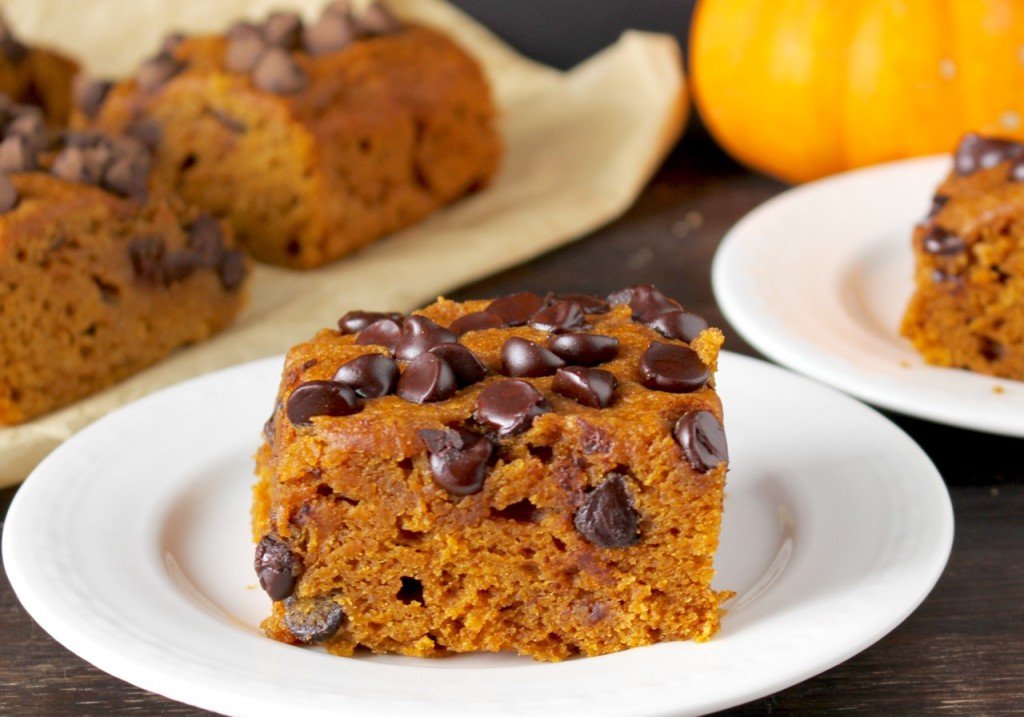 Very Moist Pumpkin Chocolate Chip Cake