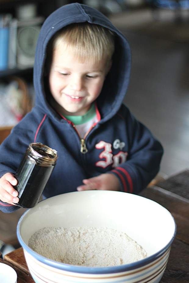 Adding Table Syrup to Shoofly Cake Mix