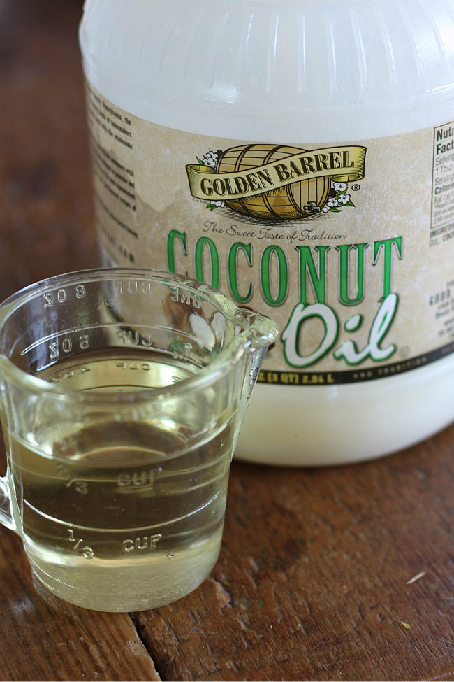 Melted Golden Barrel Coconut Oil