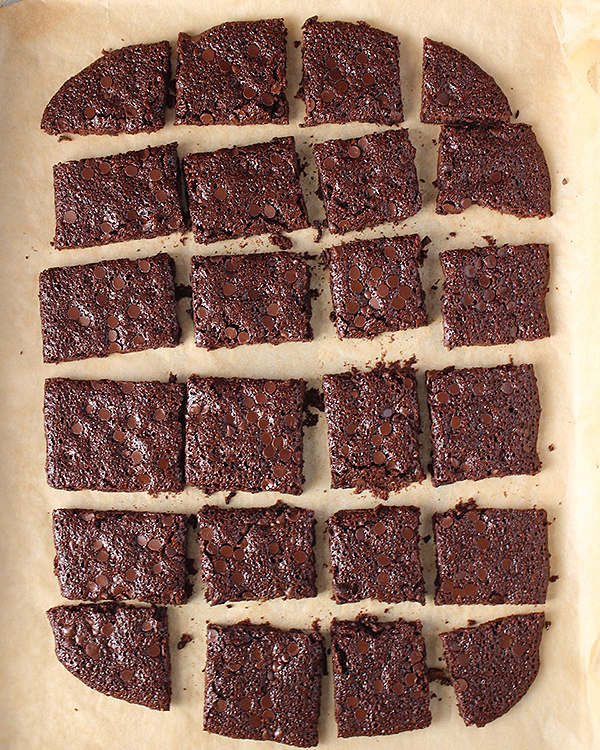 Paleo Brownie Brittle Bark cut into squares