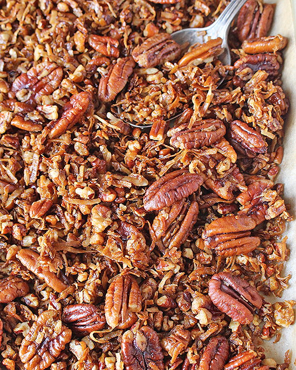 Making Paleo Pecan Pie Granola
