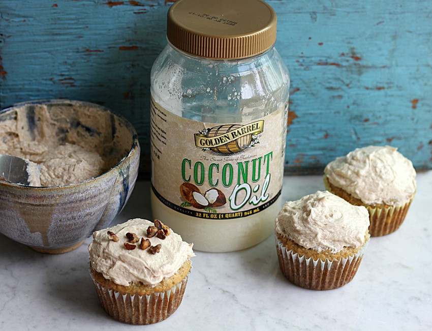 Using Golden Barrel Coconut Oil to make Banana Cupcakes with Brown Sugar Icing