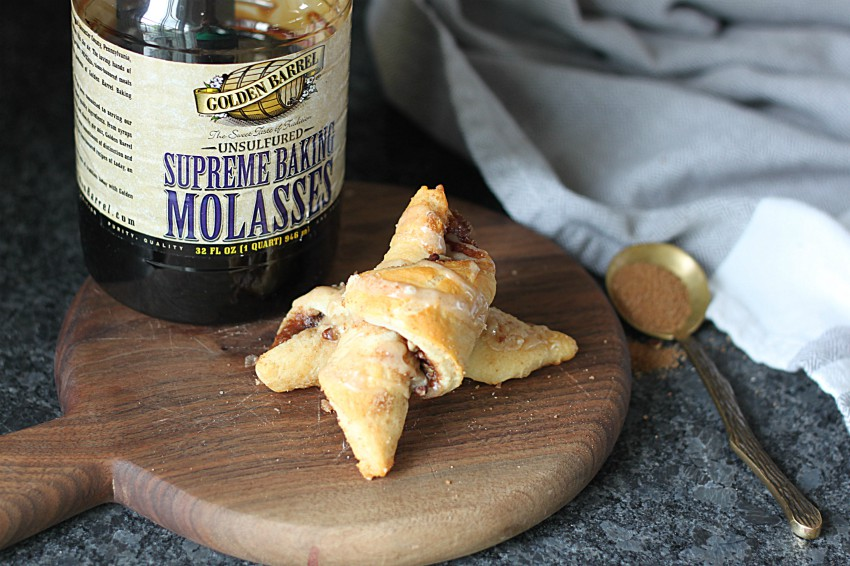 Golden Barrel Supreme Baking Molasses used to make Easy Cinnamon Crescent Rolls with Molasses Cinnamon Icing
