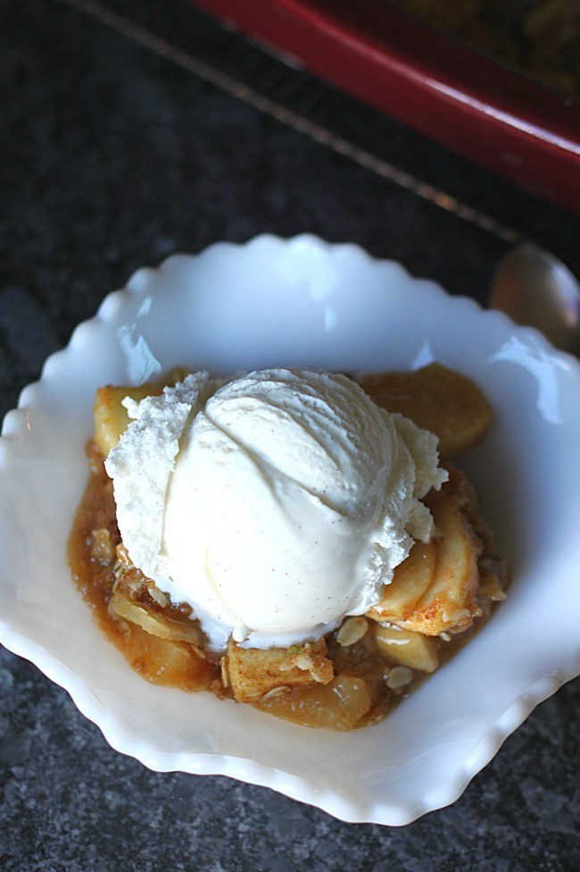 Easy Apple Crisp with Oatmeal Crumb Topping with Vanilla Ice Cream