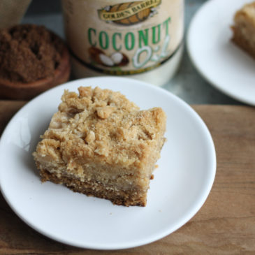 Brown Sugar Sour Cream Crumb Cake