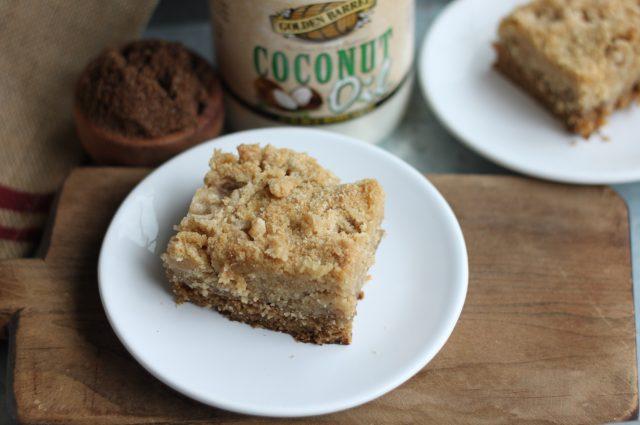 Brown Sugar Sour Cream Crumb Cake