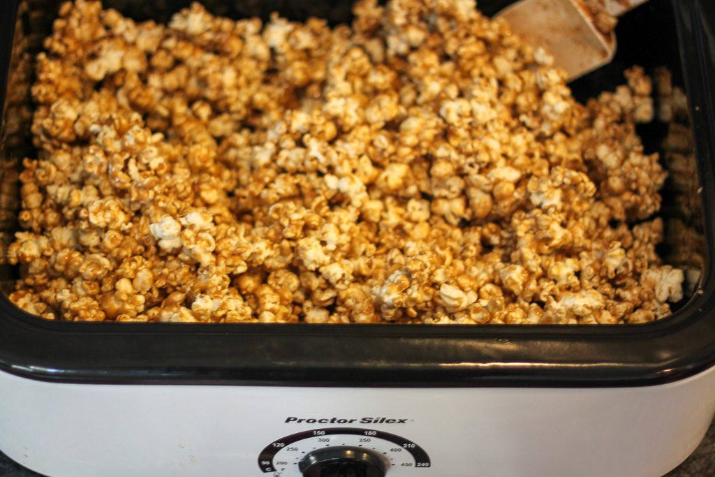 Making Classic Homemade Caramel Corn in a Roaster