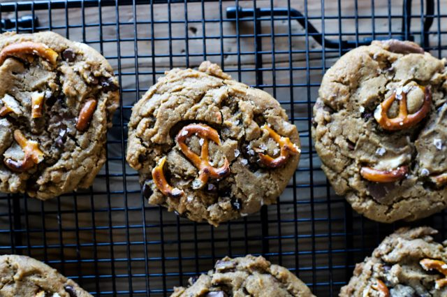 Salted Peanut Butter Cup Brown Butter Chocolate Chip Cookies (with Pretzels!)